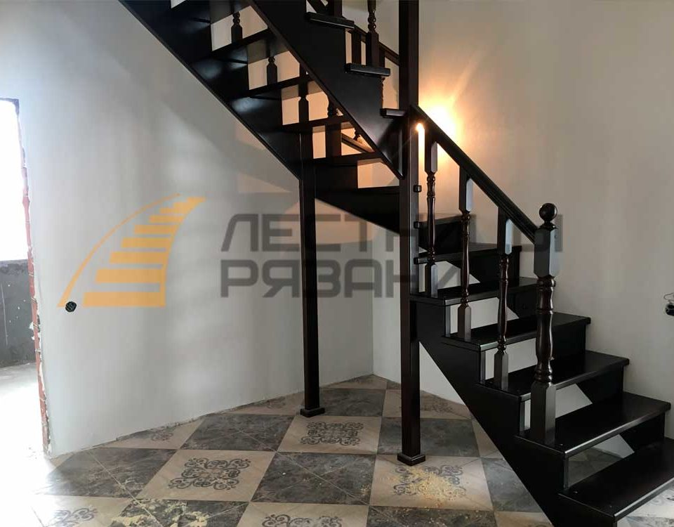 Какие бывают лестницы на второй этаж для коттеджей? Как выбрать лестницу
